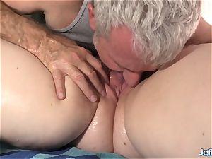 harsh massage for massive babe Ginger Rose