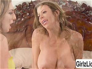 Tiffany Watson and buxom Alexis Fawx milks their vags and squirts