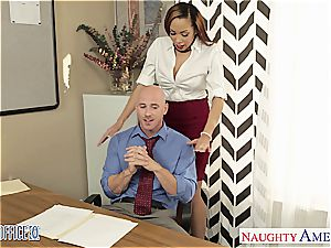 Stockinged babe Serena Ali nail in the office