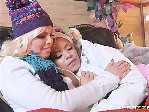 Apres ski 3some action with Yurizan Beltran and Britney Amber