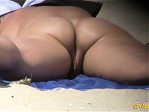 hidden cam naturist Beach inexperienced mummy - gash Close-up movie