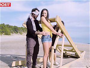 LETSDOEIT - porn industry stars tear up a lucky guy at the Beach