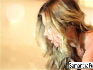 Samantha Saint thumbs Her labia