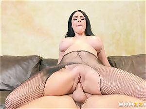 Skyla Novea sits on the penis of Keiran