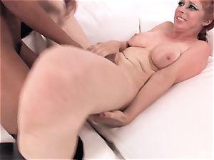 Jedi master flesh uses the darkside to make her cum