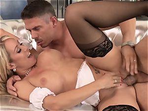 stunning maid Capri Cavanni penetrated by a super-naughty customer
