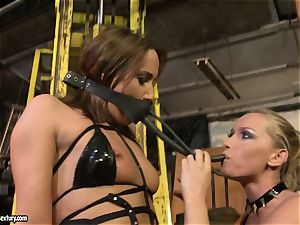 Andy dark-skinned and Kathia Nobili bind and covering of facehole