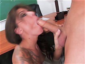 observe a giant wood man get his manstick blown by inked mega-slut Chayse Evans