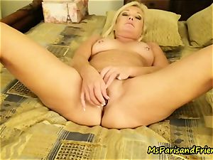 anal invasion toy climaxes with Ms Paris Rose