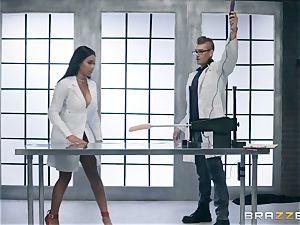 Jenna J Foxx tries out the orgy machine