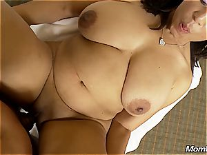 Mature immense natural boobies ebony mummy massive facial cumshot