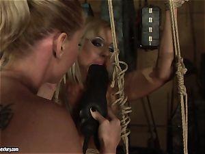 Kathia Nobili enjoy pummeling the sizzling woman with fuck stick