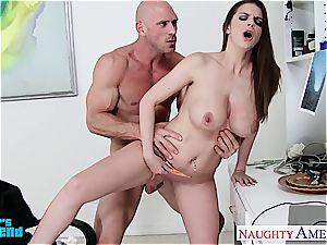 chesty dark-haired Brooklyn pursue gets fucked