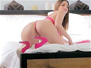 Brooklyn chase taking her time over her throbbing vulva