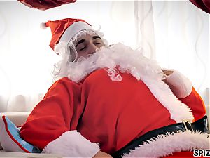 Spizoo - see Jessica Jaymes porking Santa Claus