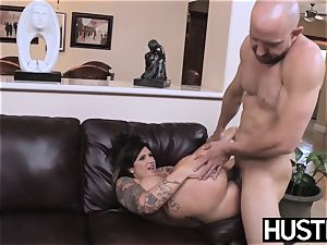 inked and big-titted Payton Sinclaire fed jism after humping