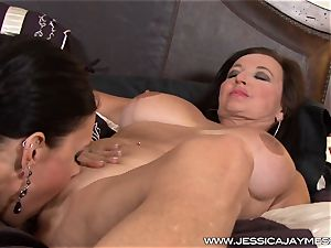 super-sexy Jessica Jaymes messes around with milf Ciara Blue